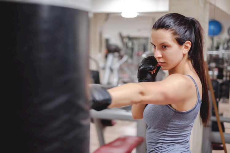 How to Stay Protected: 5 Easy Self-Defense Tips for Women